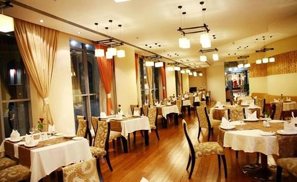 Raouche Lebanese Restaurant Muscat Oman